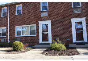 2 Bedrooms, Co-Op, Sold Listings, High Meadow, Charter Circle, 1 Bathrooms, Listing ID 1026, Ossining, Westchester, New York, United States, 10562,